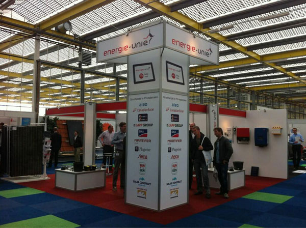 stand-solar-solutions-1