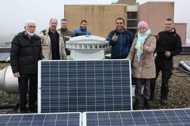 Plaatsing zonnepanelen bij Pré Wonen